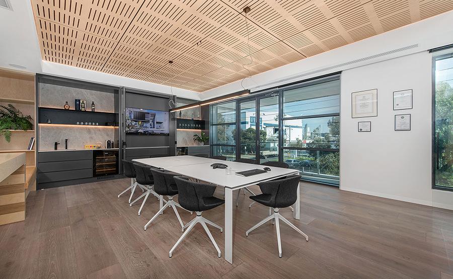 Porcelánico imitación madera para oficinas y locales comerciales